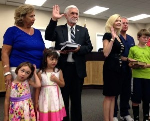 Kevin Spradlin | PeeDeePost.com Board members Joe Richardson and Dr. Irene Aiken were sworn in for an additional term with family members standing by them in support.