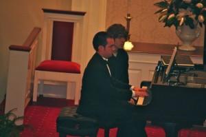 Kevin Spradlin | PeeDeePost.com John Tyson on piano.