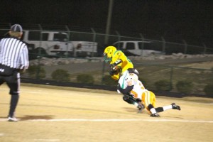 Kevin Spradlin | PeeDeePost.com Lavell Ellerbe  hauls in a pass from Leon Zeigler in the second quarter for a 33-0 Richmond lead.