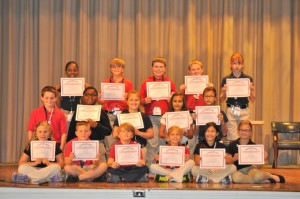 Submitted photo Students making the A Honor Roll, from front left, are Christi Jacobs, Ian Williams, Jack Thornsbury, Rylie Bohman, Kalei Sriratanakoul, Emma Altman, Devin Rape, AJ Bennett, Kassie Smith, Ally Moore, Libby Killough, Indhira Bridgelal, Alex Vaughn, Neal Butler, Cody Thompson and Heather Pike.