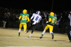 Kevin Spradlin | PeeDeePost.com Fighting Scots wideout Randy Leak burned the Raiders defense deep, and often, Friday night in a 34-13 win over Richmond.