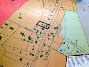 This image shows the area surrounding 190 County Home Road to be primarily residential. Property owner Henry Seals is requesting the city to rezone his parcel to ensure his current use conforms to the city's zoning map.
