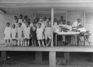 Free dental clinic for African American children in rural Mecklenberg County in 1923. Image from the State Archives.