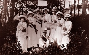 Image from the State Archives Suffragists, circa 1920.