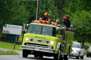 "Kevin Spradlin | PeeDeePost.com The siren sounded one more time for the late Doug ""Pooh"" Benoist, offered a final ride on Engine 808 from East Rockingham United Methodist Church past East Rockingham Fire Department to Richmond County Memorial Park."