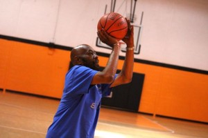 Kevin Spradlin | PeeDeePost.com Lynwood Thomas' method is more familiar to basketball fans than some other methods of getting the ball to the hoop.