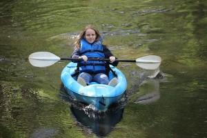Stephanie Spradlin | PeeDeePost.com MacKenzie Spradlin, 13, of Rockingham, paddles Hitchcock Creek on Wednesday afternoon during a day off from school