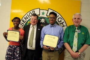 Kevin Spradlin | PeeDeePost.com Nile Fisher, left, and Juwan Lockhart, second from right, stand with Dan Gerlach, president of the Golden LEAF Foundation, and Richmond Senior High School Principal Keith McKenzie.